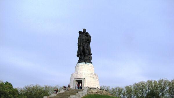 Берлинский депутат призвал вернуть Масалову почетное гражданство