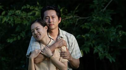 Драма о проблемах корейских иммигрантов и новая адаптация «Мортал Комбат»: главные кинопремьеры недели