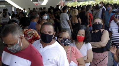 В Бразилии выявили более 69 тысяч случаев коронавируса за сутки