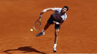 Хачанов обыграл Майшхака и вышел в третий круг турнира ATP в Лионе