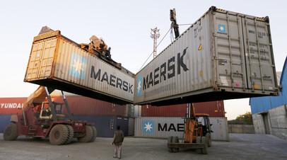 «Компромисс для бизнеса»: почему поставки грузов через Россию могут быть выгоднее перевозок по Суэцкому каналу