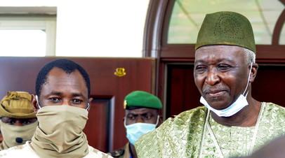 В Мали назначили временного президента страны