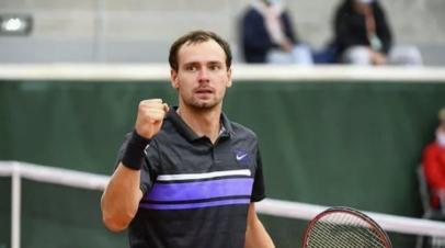 Сафиуллин проиграл Звереву в матче второго круга «Ролан Гаррос»
