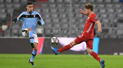 Гол Левандовски с пенальти помог «Баварии» победить «Лацио» и выйти в четвертьфинал ЛЧ