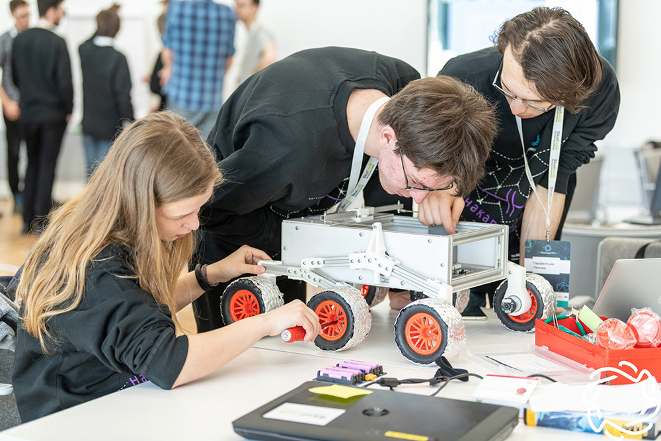 Победители инженерной олимпиады получат 100 баллов на ЕГЭ