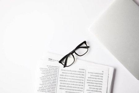 Совфед одобрил штрафы за неправомерное использование знака СМИ на митингах