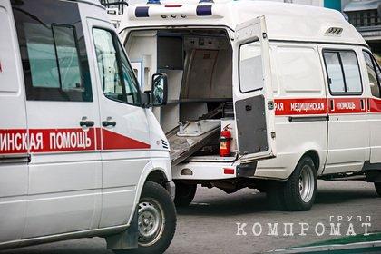 Россиянин пришел сдать тест на COVID-19 и умер на пороге больницы