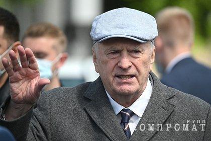 Жириновский поспорил с Путиным из-за добровольной вакцинации