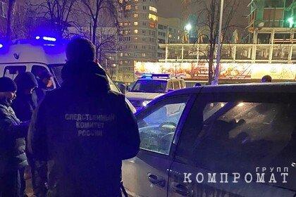 Тела трех человек обнаружили в припаркованном автомобиле в российском городе