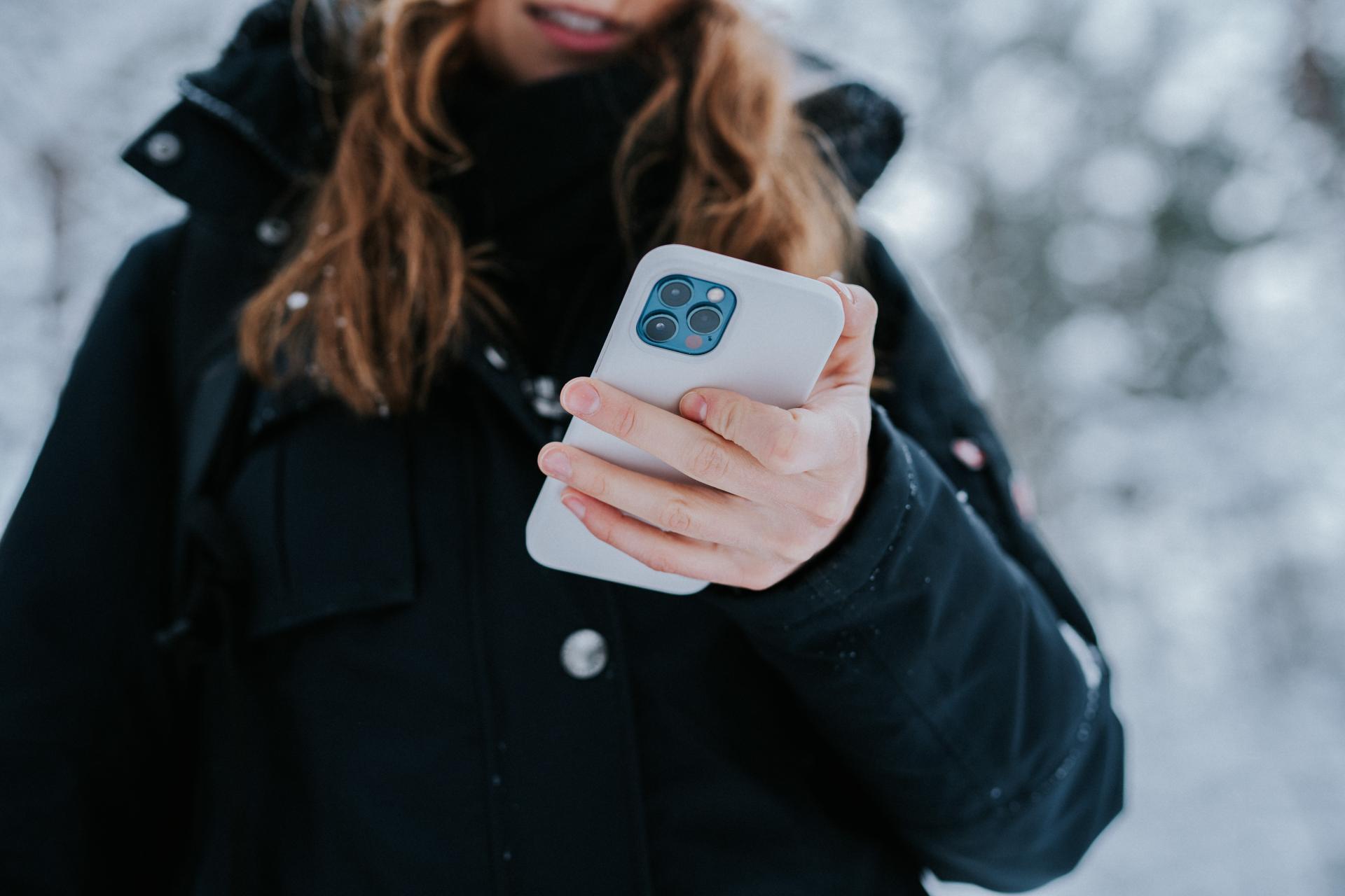 На 8 марты дамы получают чаще всего не iPhone или иные гаджеты