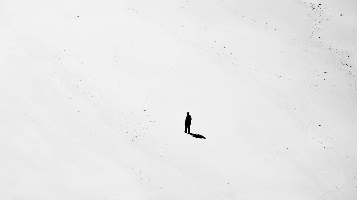 Как длительное пребывание в изоляции влияет на мозг и тело?