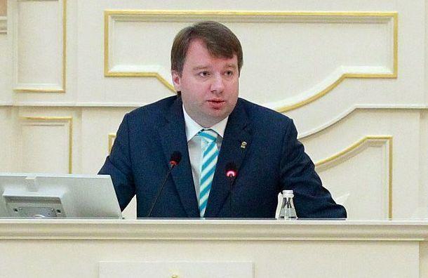 Депутаты ЗакСа отчитались о доходах за 2020 год