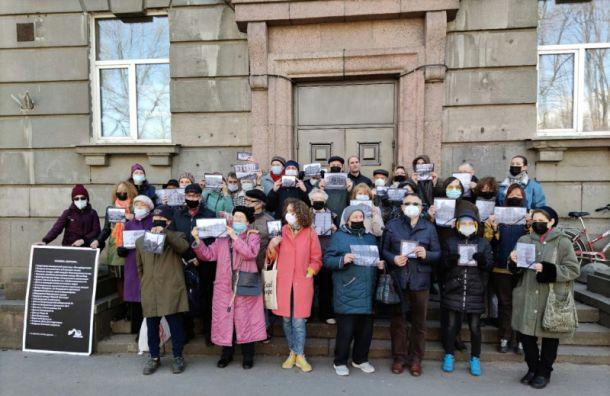 Особое мнение Никиты Явейна: ВНИИБ 'не тянет' на памятник, но снести его нельзя
