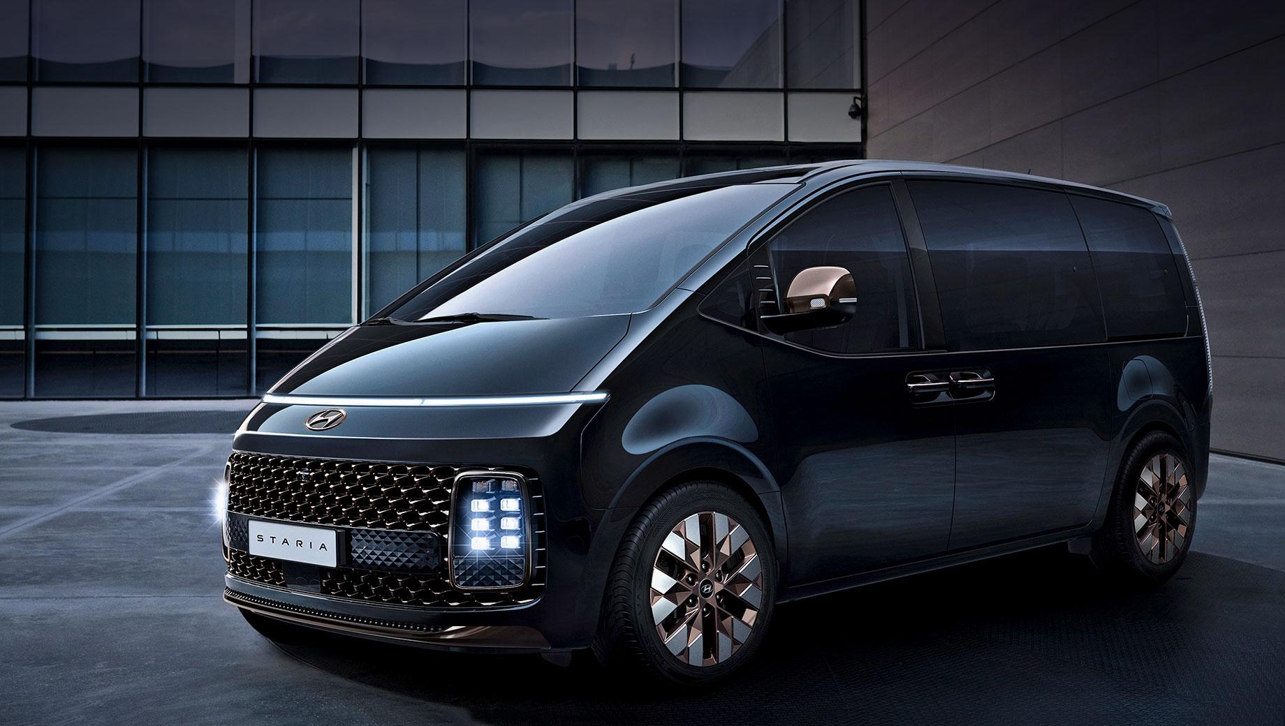 Hyundai Staria получит салон на 11 посадочных мест