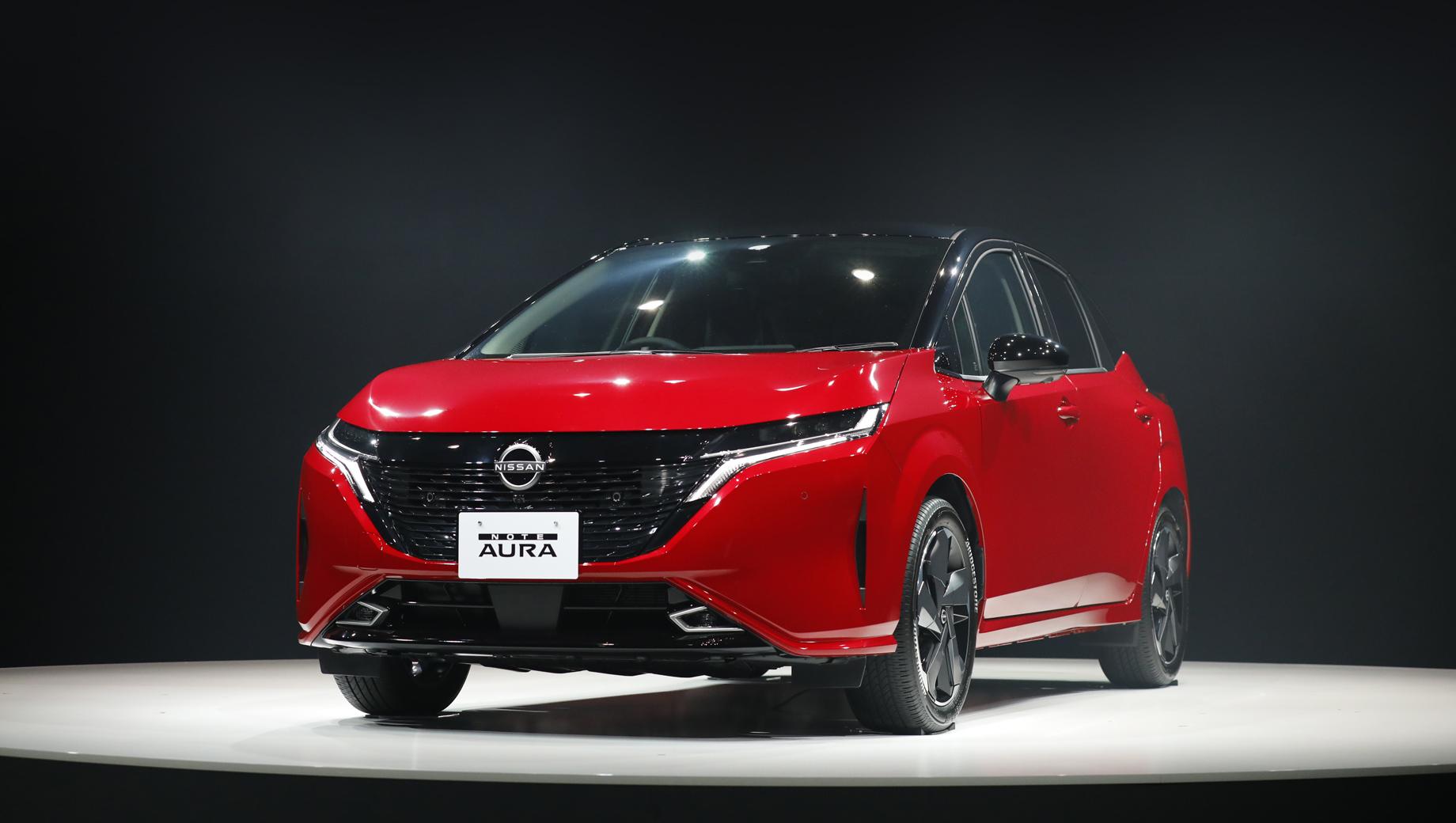 Хэтч Nissan Note Aura сделан мощнее простого Ноута