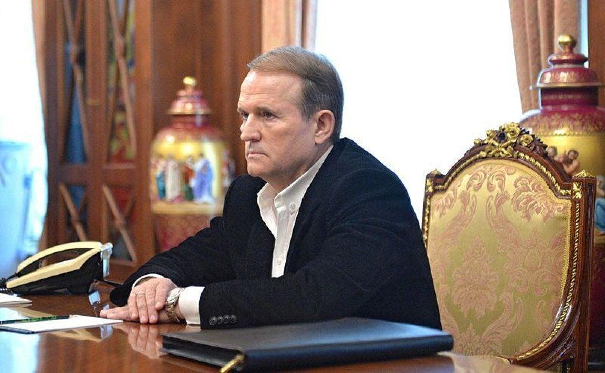 В двух домах Медведчука и в офисе ОПЗЖ проходят обыски – источник
