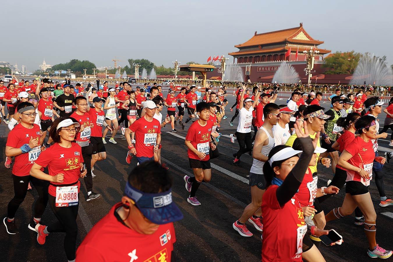 Герой-пастух спас шестерых участников рокового марафона в Китае