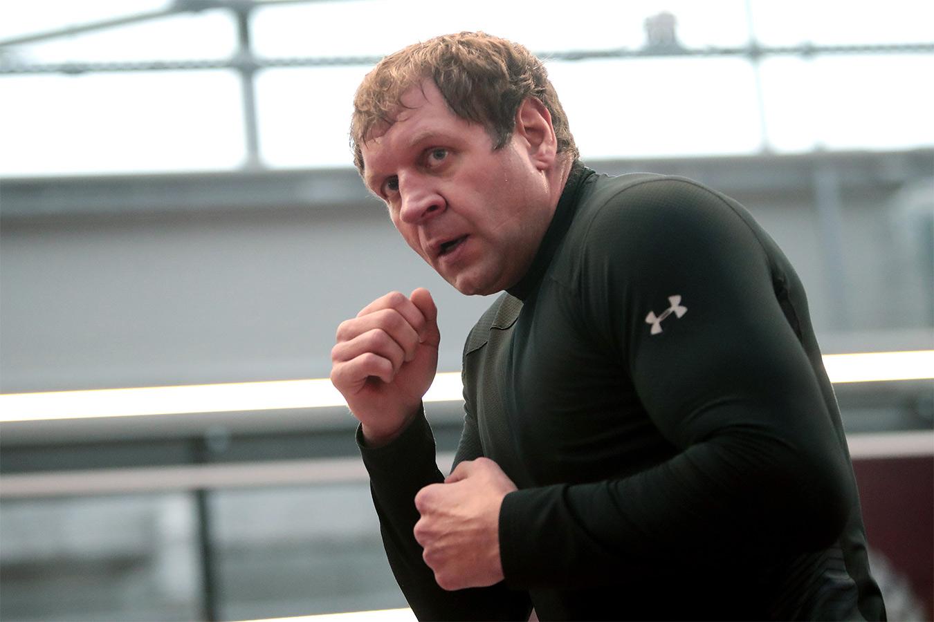 А. Емельяненко получит рекордный гонорар за бой с Джиганом