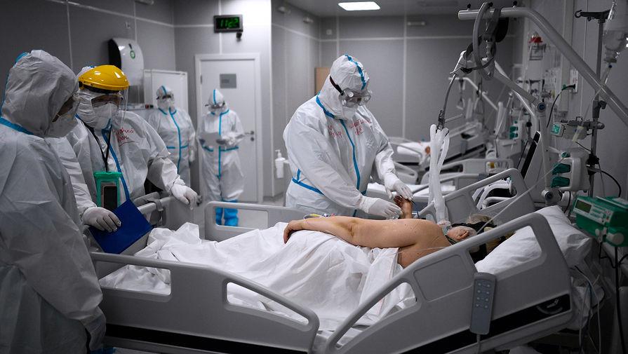 Вирусолог назвал сроки окончания летнего роста заболеваемости COVID-19
