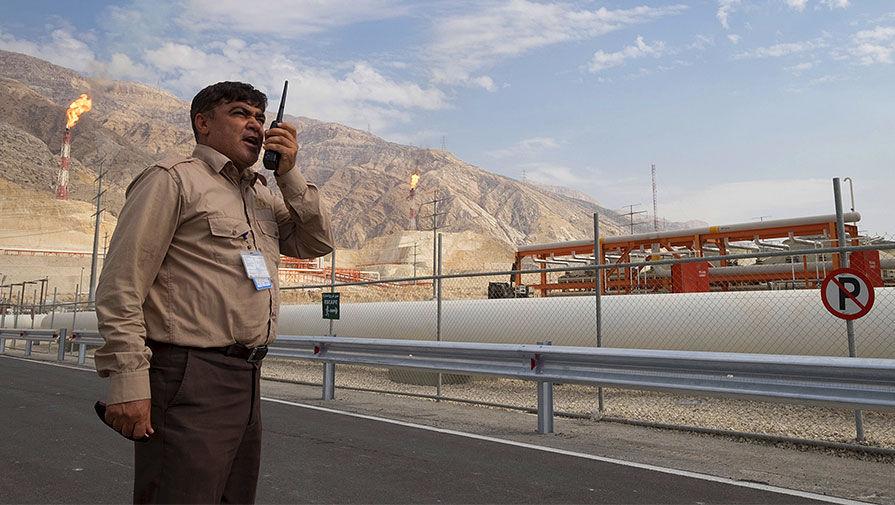 Иран готовится увеличить нефтедобычу в случае отмены санкций США
