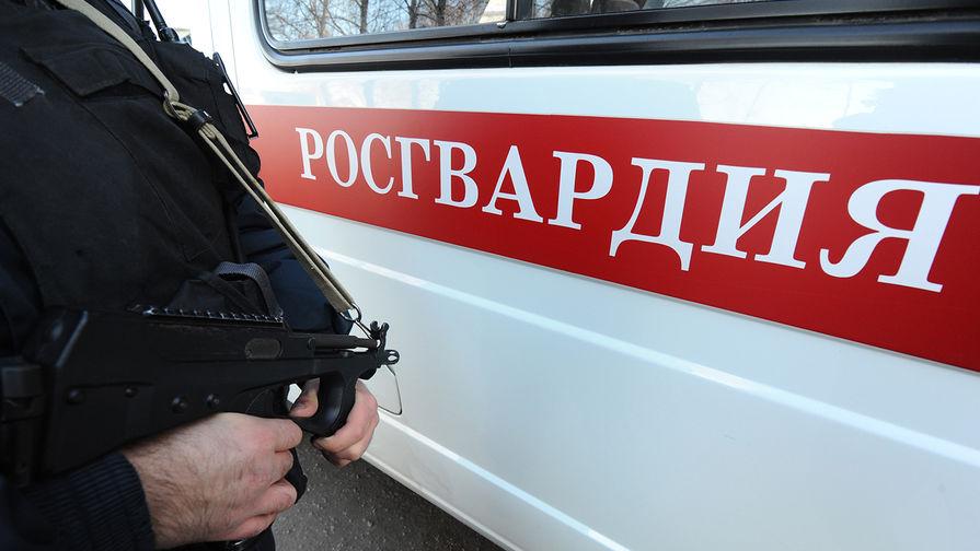 Мужчина выстрелил в сотрудника Росгвардии на севере Москвы