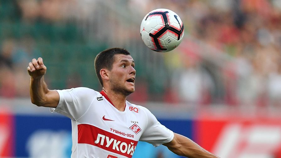 В 'Спартаке' опровергли новость о расторжении контракта с Ташаевым