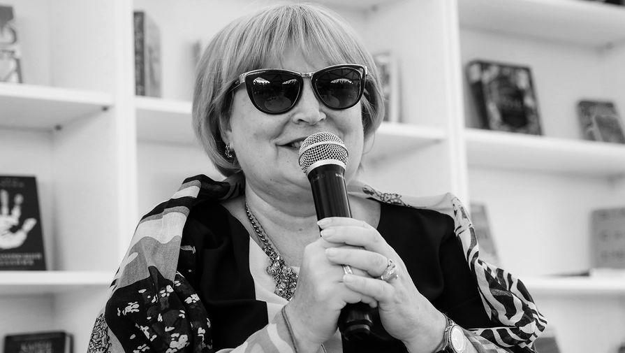 'Сразу сделали операцию': менеджер рассказала о болезни Татьяны Поляковой