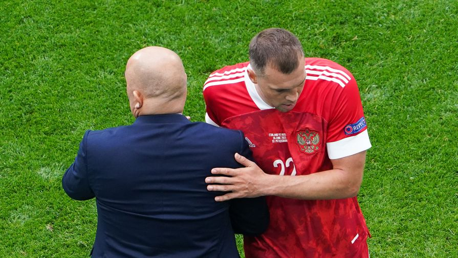 Быстров раскритиковал Дзюбу и Черчесова после поражения от Дании на Евро