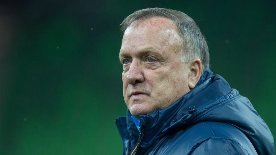 Экс-тренер сборной России Адвокат расплакался после последнего матча в карьере