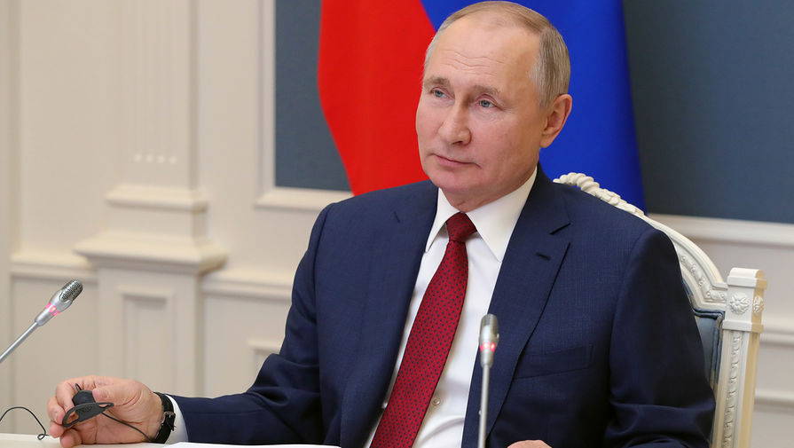 Путин поздравил военнослужащих и ветеранов ССО РФ с их праздником