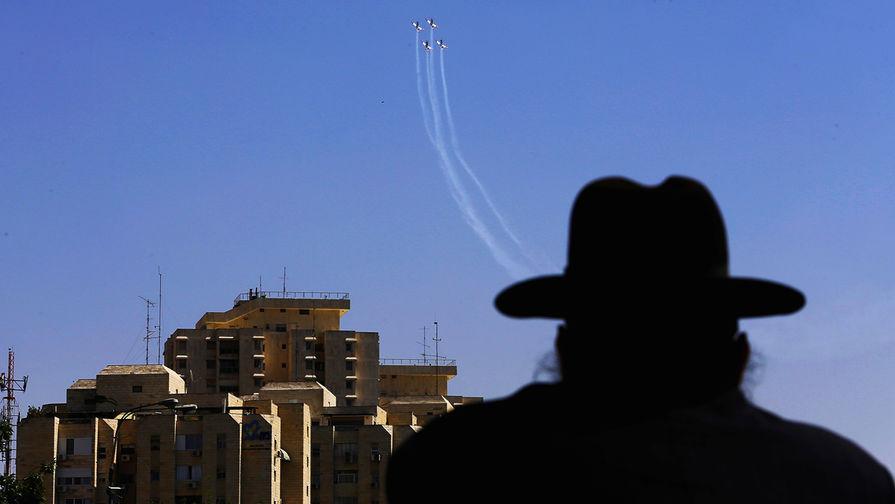 СМИ: иностранные авиакомпании приостановили полеты в Израиль