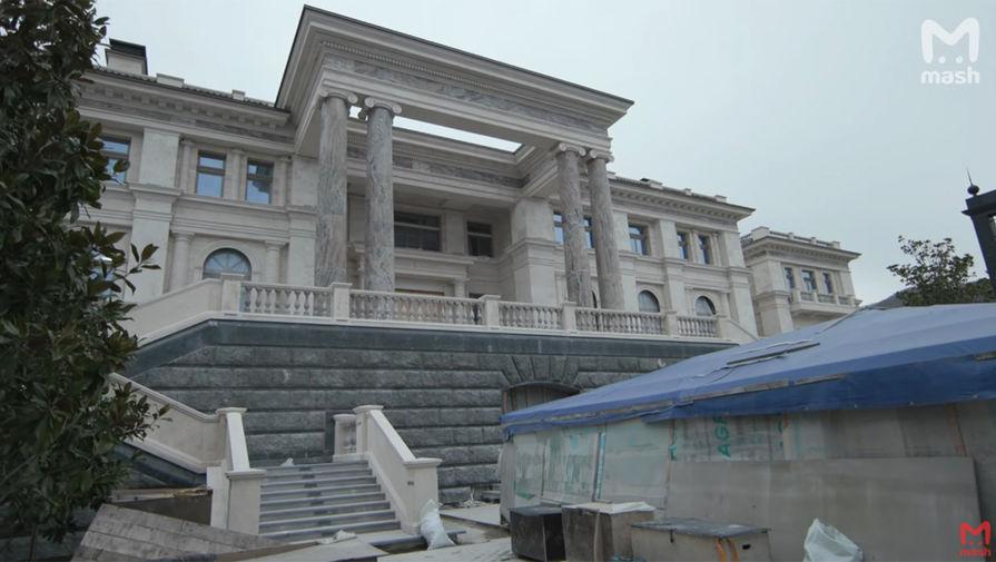 Песков назвал новые сообщения про отель в Геленджике ерундой