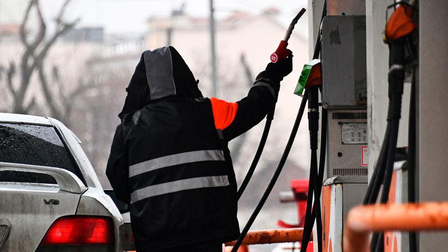 Россиян предупредили о возможной нехватке бензина
