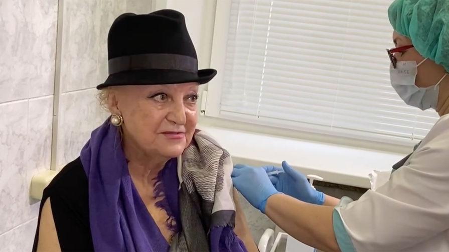 79-летняя оперная певица Галина Борисова привилась от коронавируса