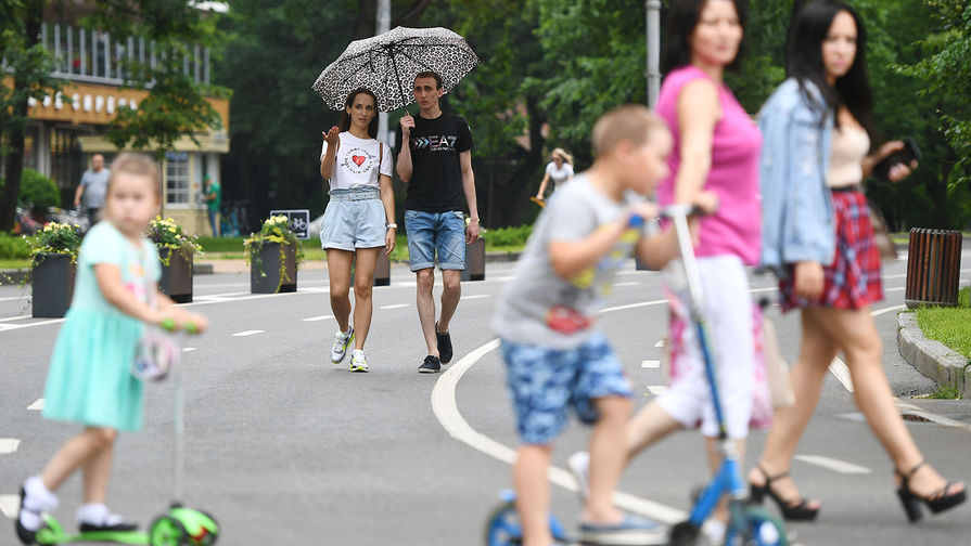 Москвичей предупредили о штрафе за использование детских площадок
