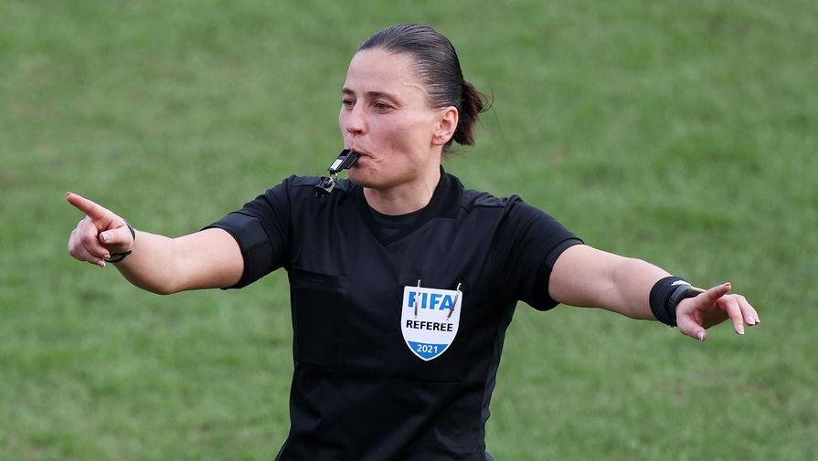 Россиянка Пустовойтова назначена на игру 1/2 финала женской Лиги чемпионов