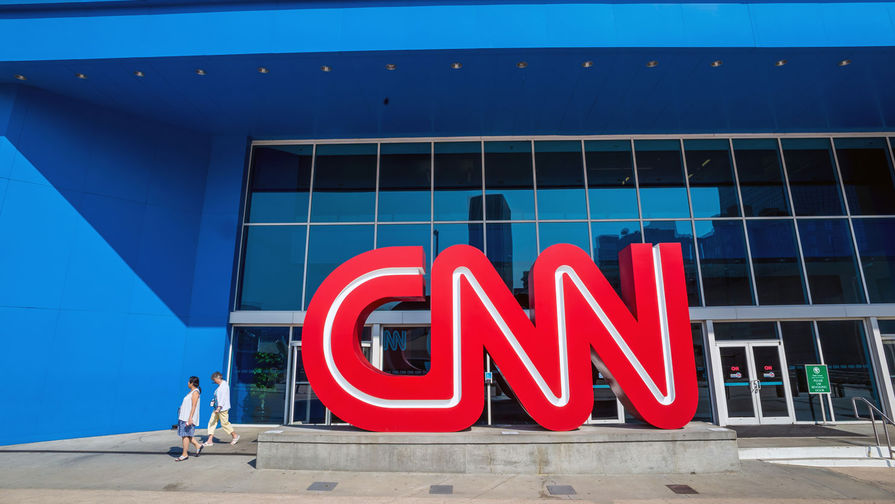 CNN убрал с сайта фейковое фото с 'российскими танками'