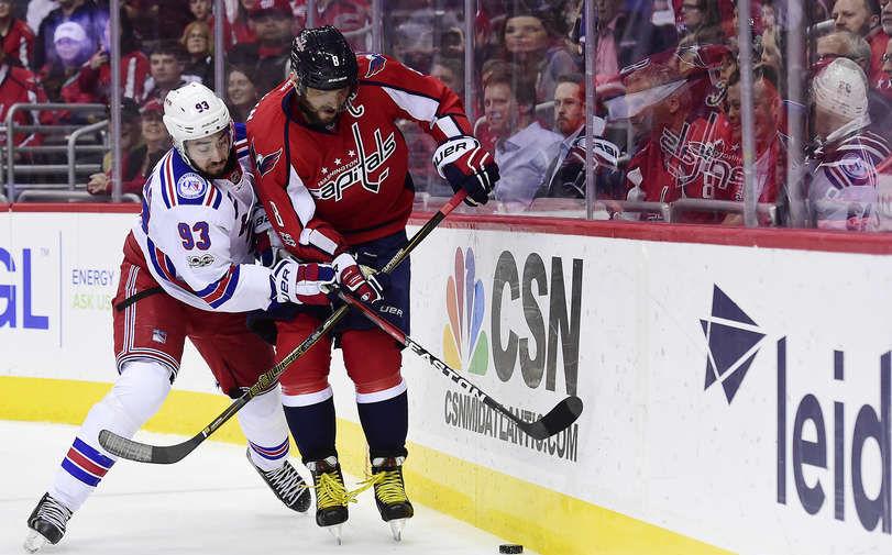 Одноклубник Панарина повторил рекорд НХЛ