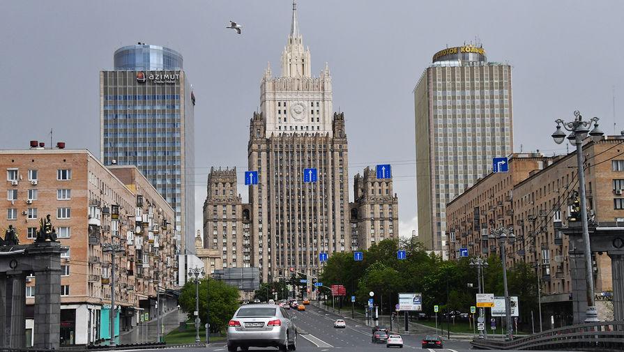 МИД РФ: Москва никогда не предлагала отдать Баку Карабах 'просто так'