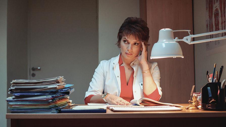 Мария Порошина стала врачом на новых кадрах со съемок 'Склифосовского'