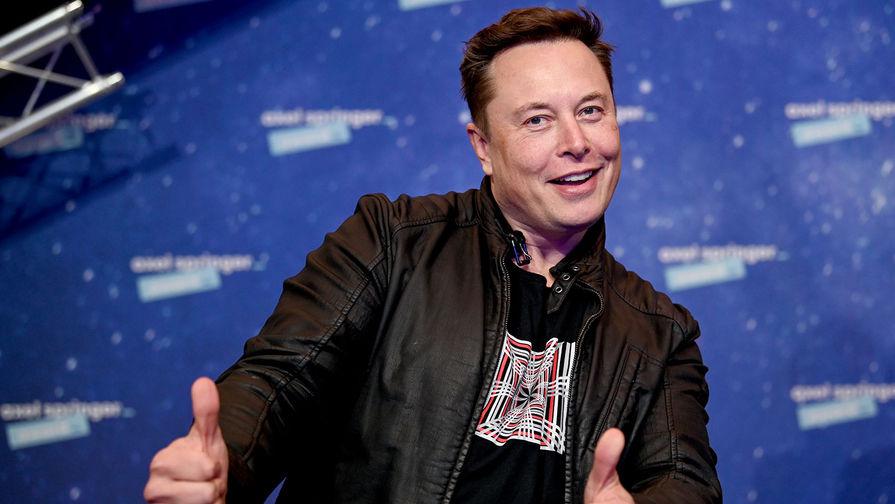 Илон Маск сменил официальное название своей должности в Tesla на 'технокороля'