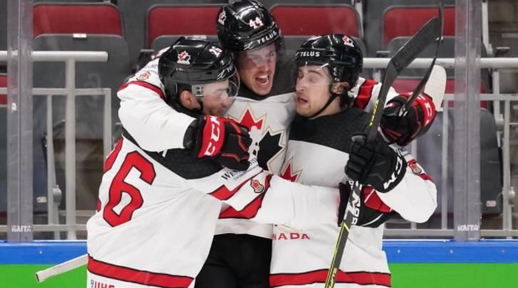 Хоккеист сборной Канады Манджапане признан самым ценным игроком чемпионата мира