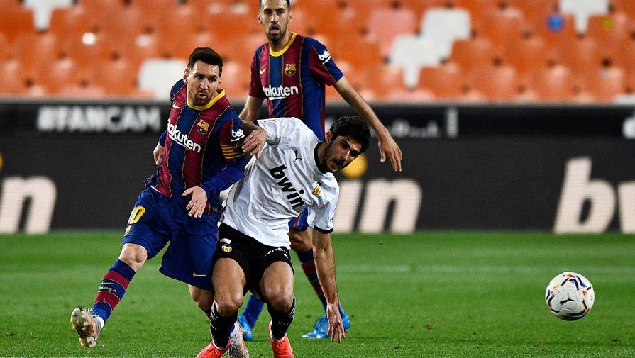 Дубль Месси помог 'Барселоне' обыграть 'Валенсию'