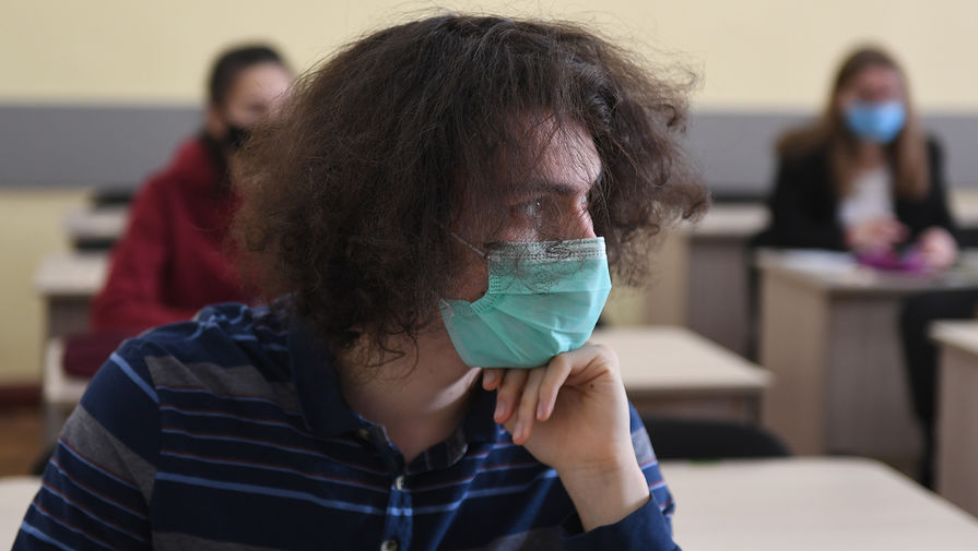 Россияне уменьшили расходы на медицинские маски, несмотря на коронавирус