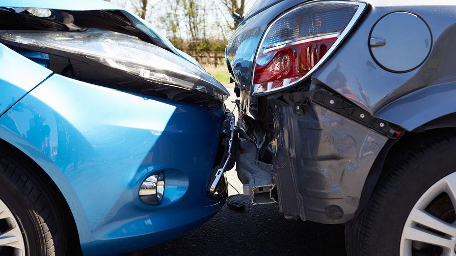 В ХМАО четыре человека стали жертвами автомобильной аварии