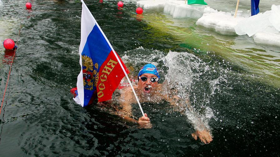 Половина россиян испытывают гордость и уверенность за свое гражданство