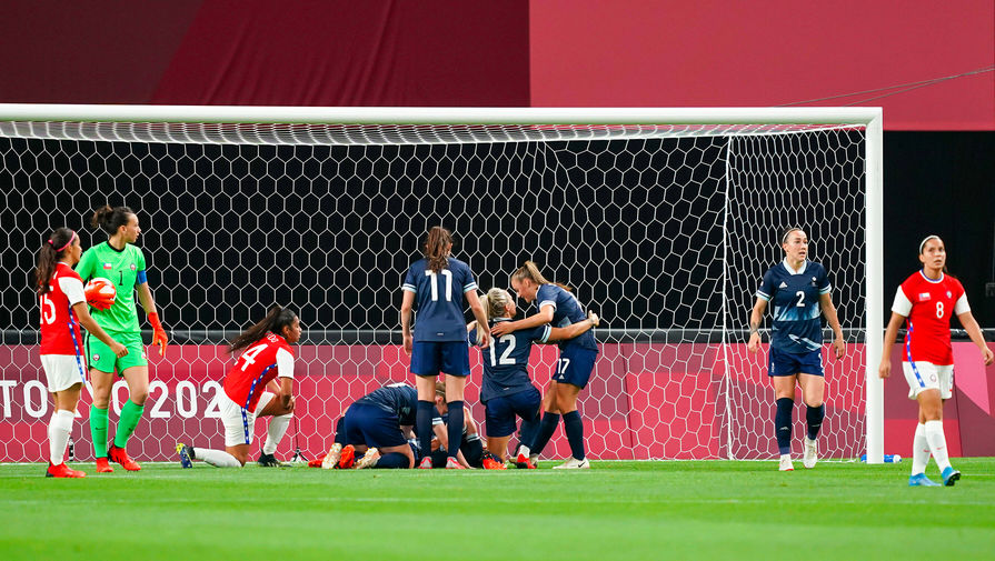 В соцсетях МОК и 'Токио-2020' запретили выкладывать фото спортсменов, преклоняющих колено