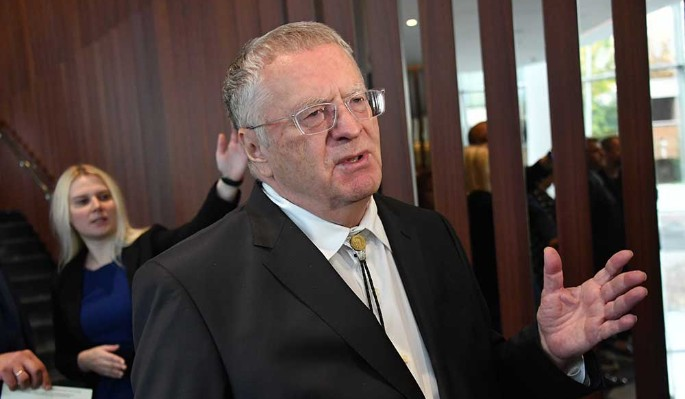 Жириновский отреагировал на инцидент с Байденом: Сигнал или символ?