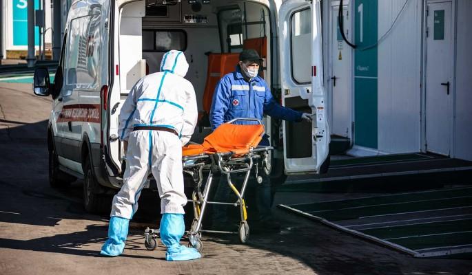 Суточный прирост заболевших COVID-19 в России составил 8,2 тысячи