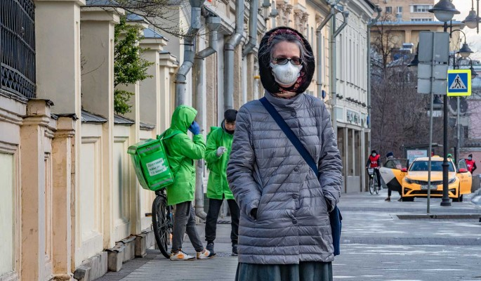 Суточный прирост заболевших COVID-19 россиян составил 8,2 тысячи